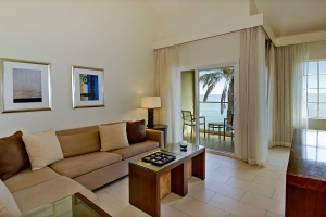 CMR_50001054_CAS-020_Ocean_Vista_2_Bedroom_Living2_VHT-0912