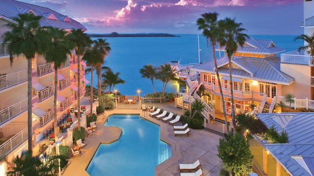 resort_shot_pm_Rack_37665