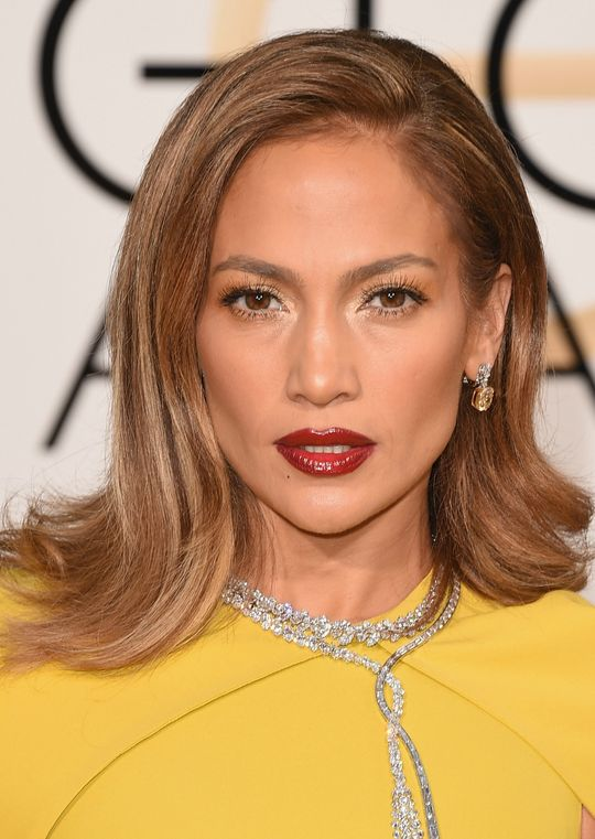 golden-globes-2016-jennifer-lopez-w540
